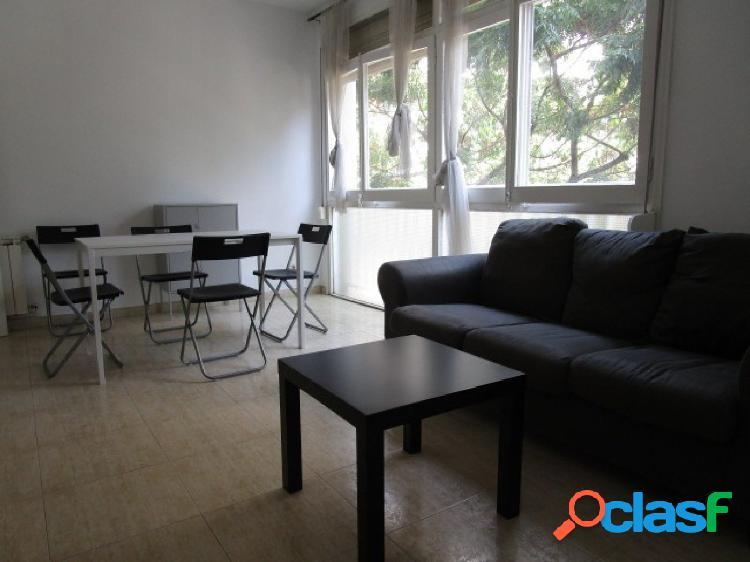 Piso de cuatro dormitorios en Les Corts, Barcelona