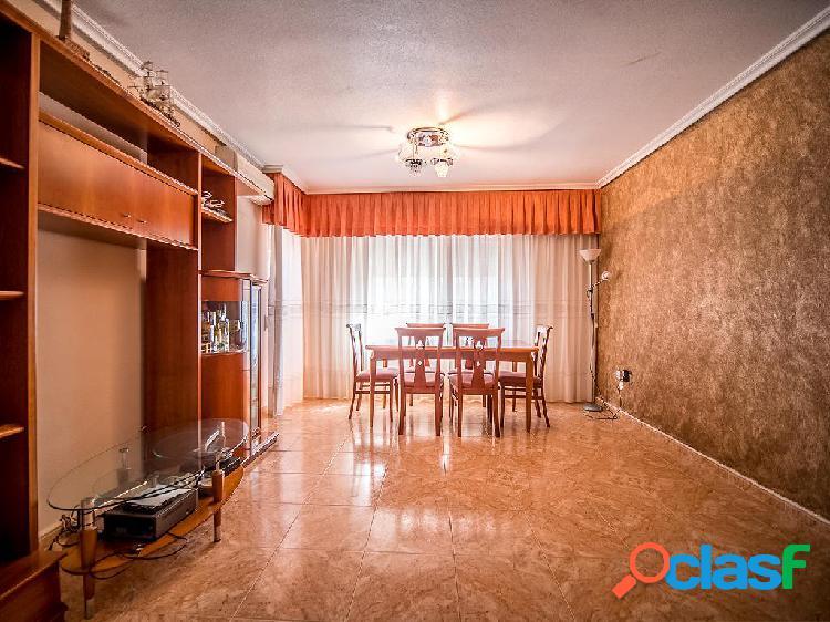 Piso en venta de 120m² en Avenida Cultura, 30158 Murcia