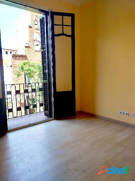 Piso en venta de 52m2 con 2 habitaciones en finca regia en