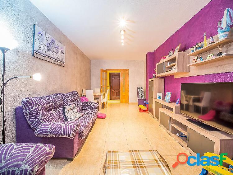 Piso en venta de 92 m² en Calle Mula, 30565 Las Torres de