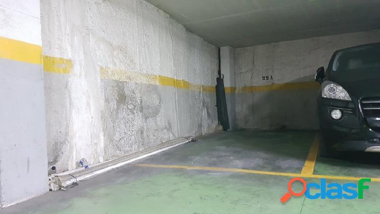 Plaza de garaje en la calle Pinares