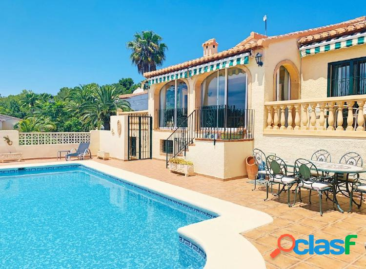 Preciosa Villa en venta en Javea cerca de la playa del