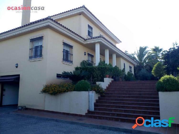 Precioso Chalet en Córdoba, con calidades de lujo!!!!!!