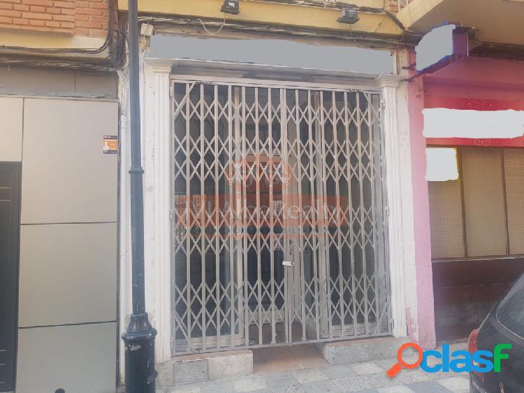 SE ALQUILA LOCAL COMERCIAL EN ZONA VILLACERRADA