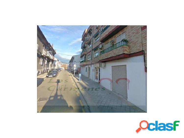 Se Vende local comercial zona Avd. de Maracena en Granada