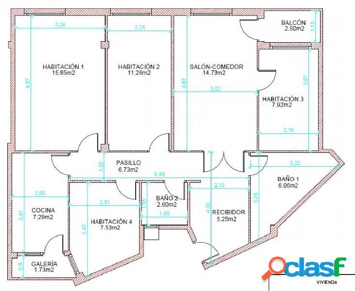 Se alquila piso de 4 habitaciones y 2 baños para