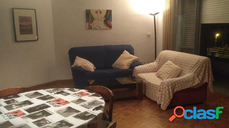 Se alquila piso en Murcia centro.