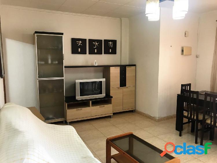 Se vende apartamento en perfecto estado, un bajo