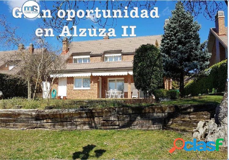 Se vende chalet en Alzuza II