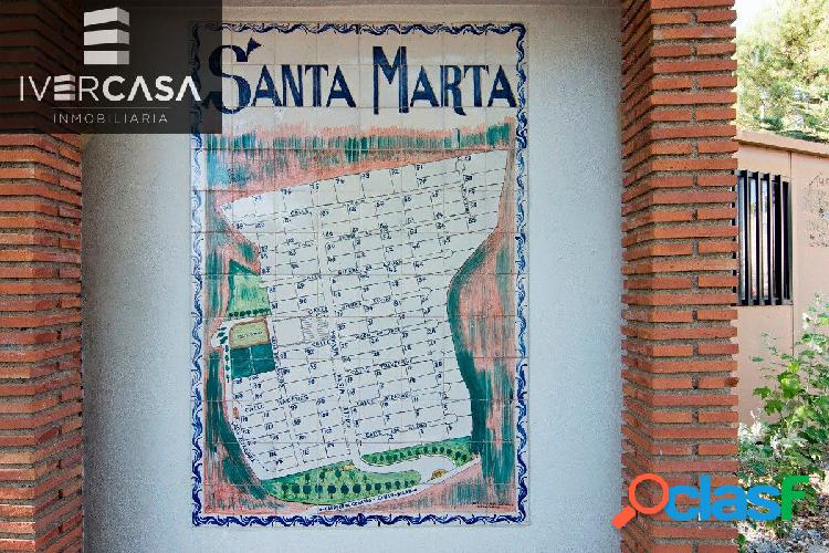 Urbanización Santa Marta en Gójar. Parcela de terrero