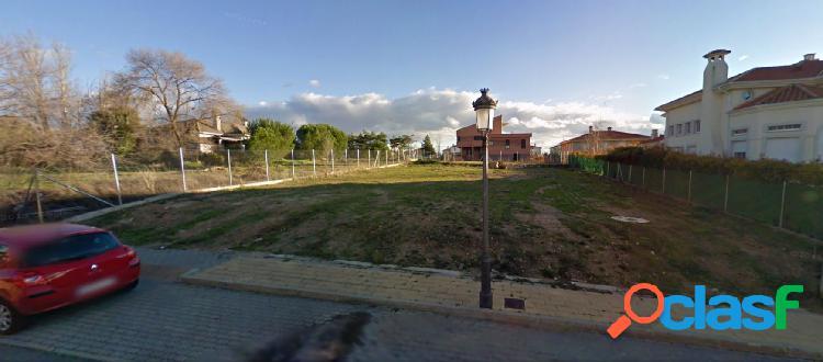 Urbis te ofrece parcela en Aldebaran, Santa Marta de Tormes,