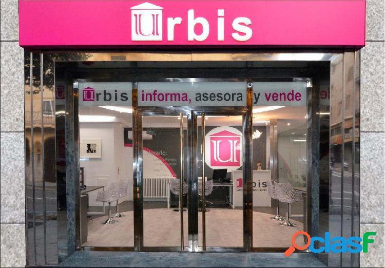 Urbis te ofrece un local en la zona de Salesas.