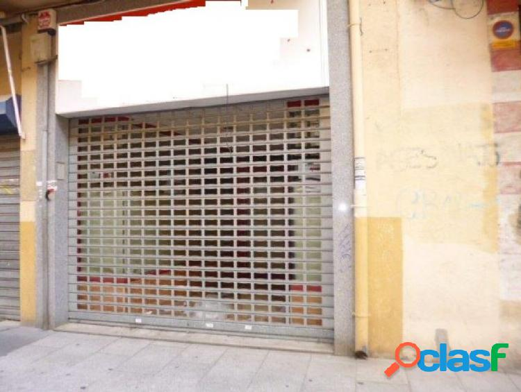Urbis te ofrece un magnífico local comercial en la zona de