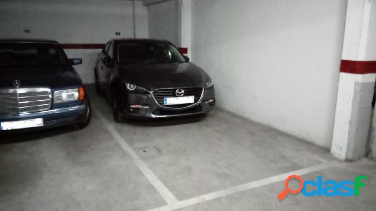 Urbis te ofrece una plaza de garaje en la zona de San