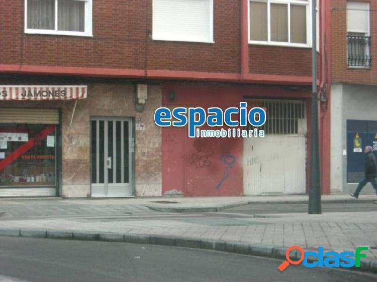 VENTA LOCAL ZONA PLAZA DE ABASTOS