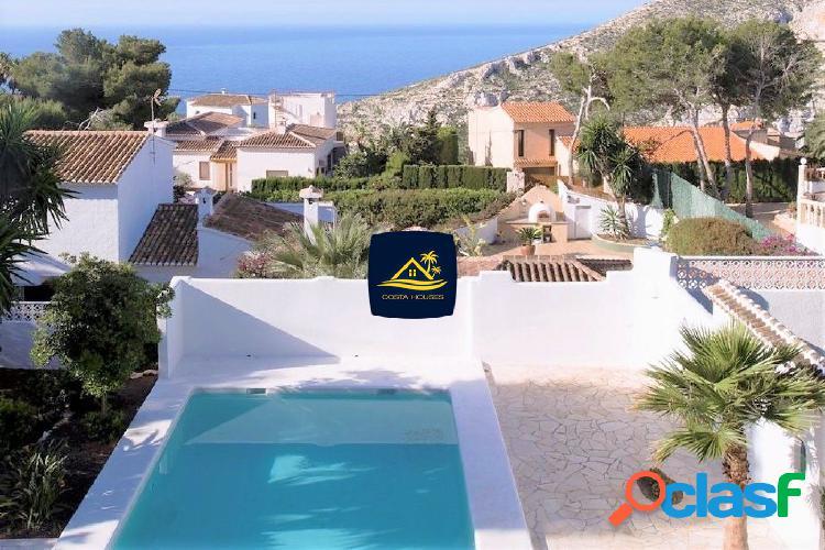 Villa Ibicenca en Javea con Vistas al Mar · GRANADELLA |