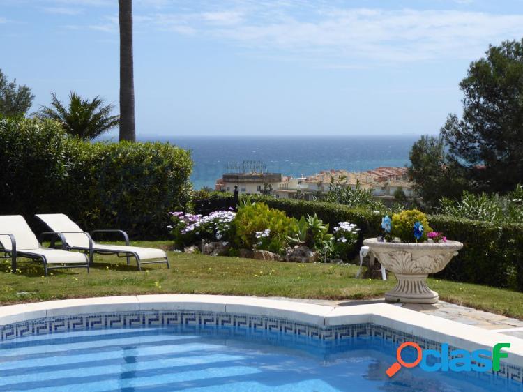 Villa independiente La Duquesa con vistas al mar y al golf