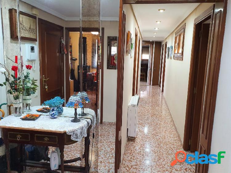 Excelente piso a la venta en Ontinyent.