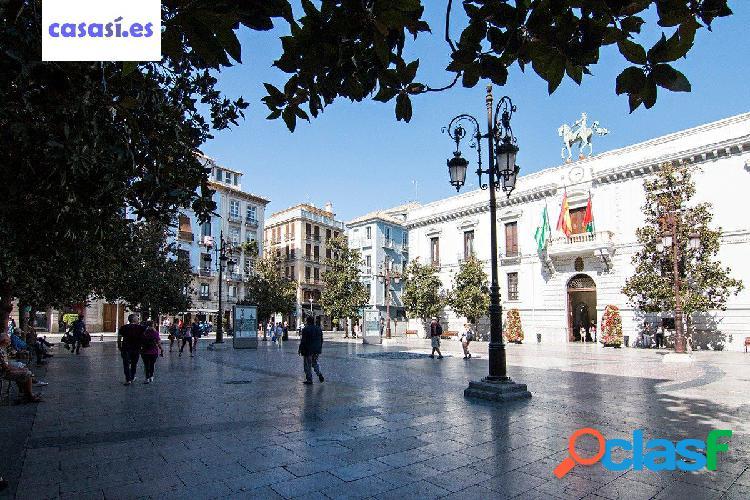 Piso en Calle Mariana Pineda Centro junto Ayuntamiento