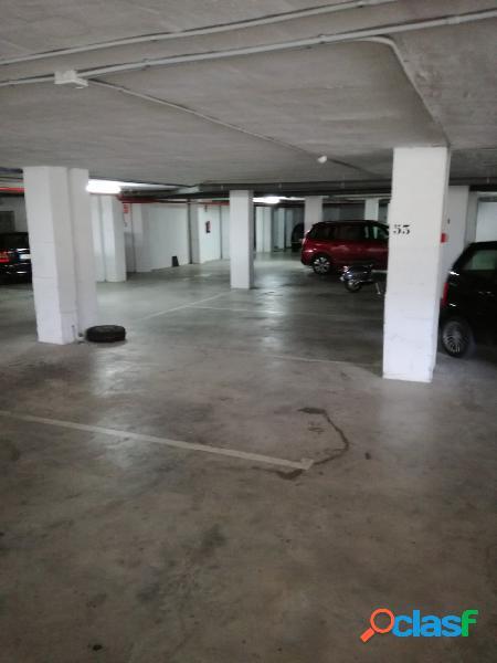 Plaza de garaje en el centro de Altea