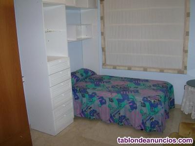 Se alquilan habitaciones para estudiantes