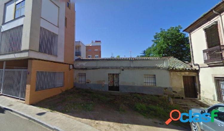 Urbis te ofrece un solar en Tejares, Salamanca
