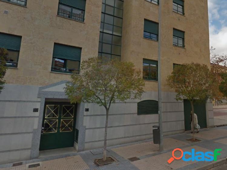 Urbis te ofrece una plaza de garaje en zona Barrio Vidal,