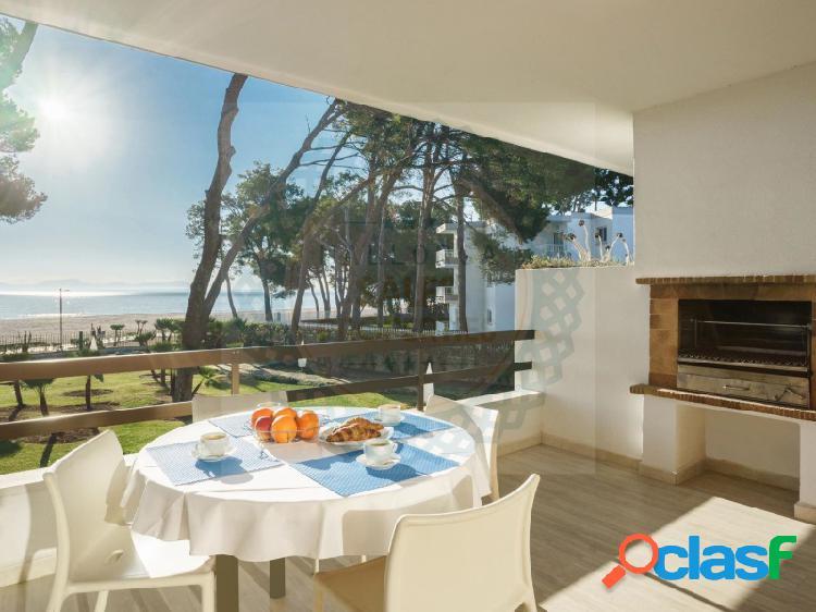 Apartamento en primera línea en Puerto de Alcudia
