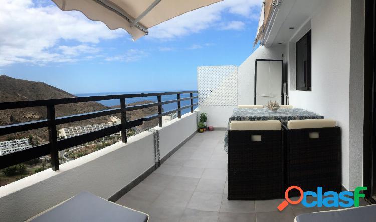Atractivo apartamento con impresionantes vistas en Puerto