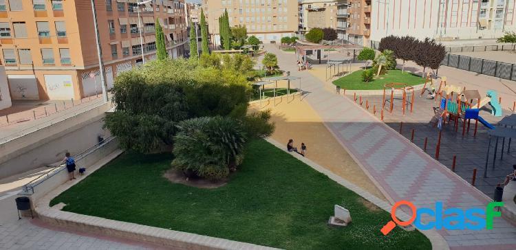 Estupendo piso a la venta en zona de San Diego de Lorca.