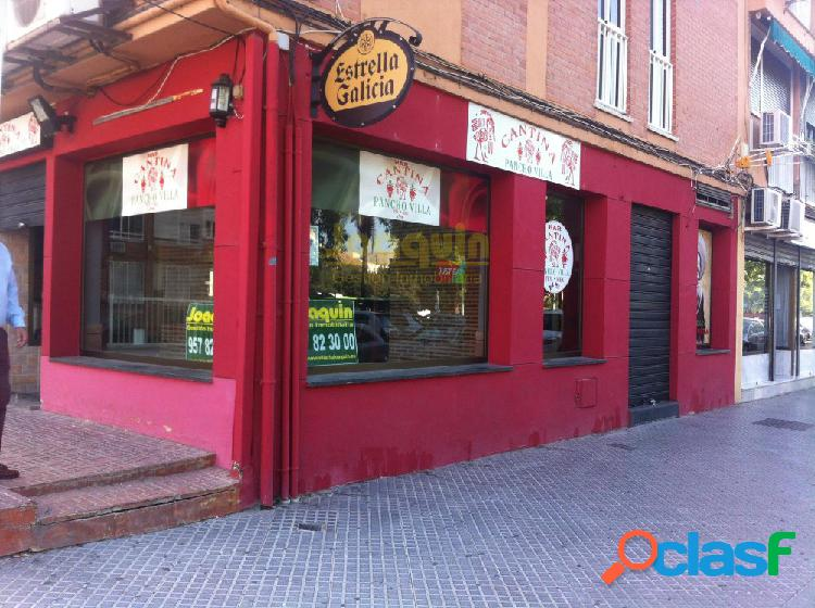 LOCAL ADAPTADO A BAR CAFETERIA