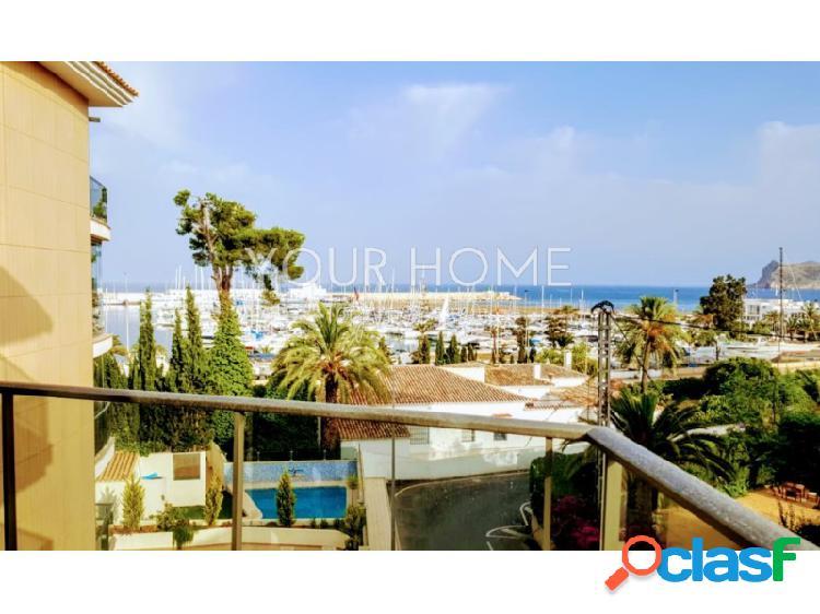 Precioso y amplio apartamento de lujo con vistas al mar