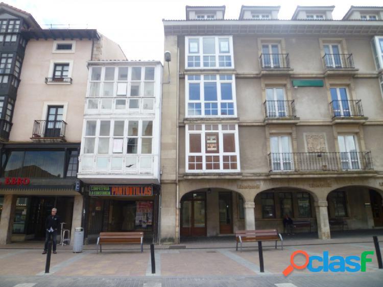 Se vende edificio en el centro de Reinosa por 60.000€