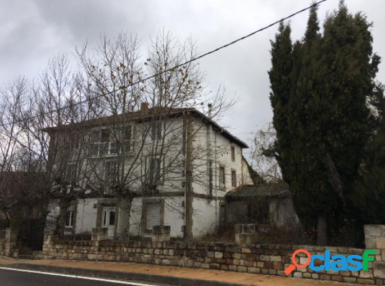 Venta de Casa Unifamiliar en Las Rozas de Valdearroyo
