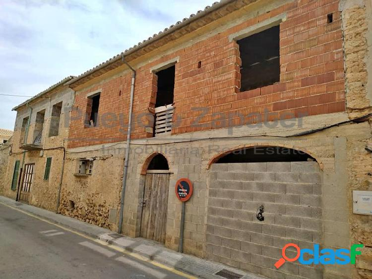Casa de pueblo en Santa Maria del Camí.