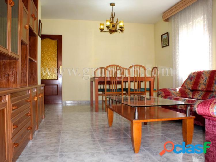Piso de 4 habitaciones en el centro de Lloret de Mar.
