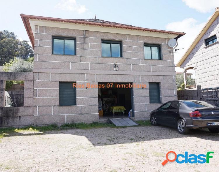 REF 2753 CASA DE PIEDRA 4 DORM. CON 1600m2 PARCELA (MOS)