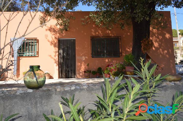 Casa a 4 vientos en Esparreguera (Urb. Can Vinyals)