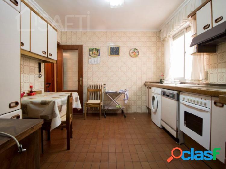 Espacioso piso a reformar en el centro de Palencia