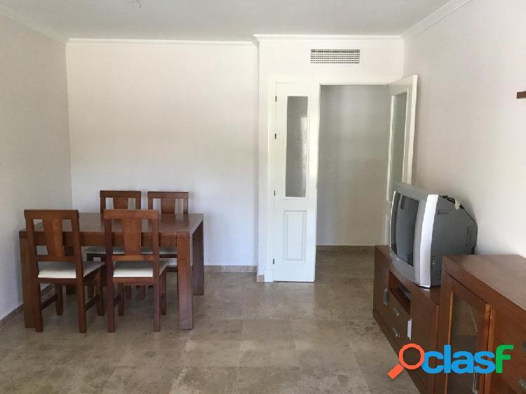 Precioso piso de 3 habitaciones dobles y dos cuartos de