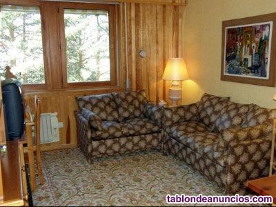 Dos sofas cama