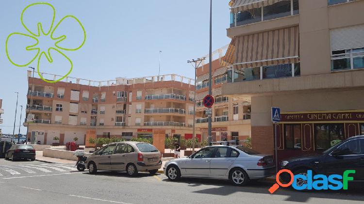 Se alquila Piso en residencial Capri, AGUILAS.