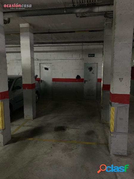 Amplio garaje a la venta en la zona de Arroyo de la Miel!!