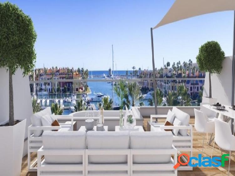 Apartamentos y casas de nueva construcción en La Marina de