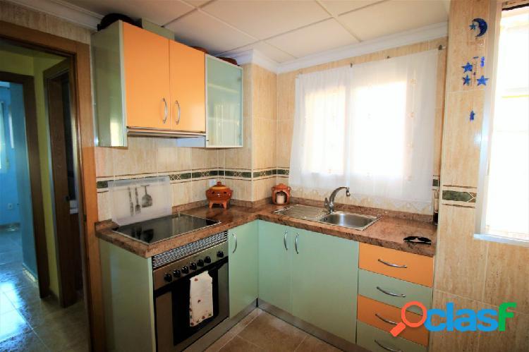 Maravilloso piso reformado de dos dormitorios por la zona de