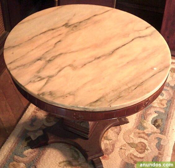 Mesa de madera maciza con tapa de marmol - León Ciudad