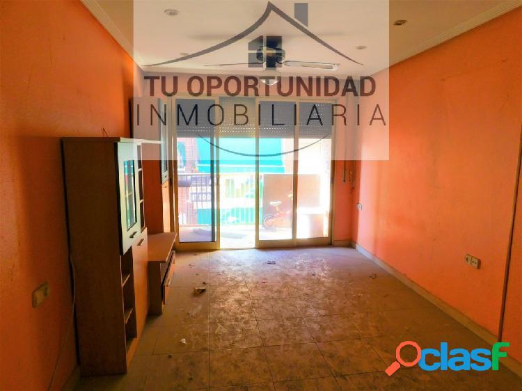 ¡OPORTUNIDAD! Vivienda reformada ubicada en Puente Tocinos