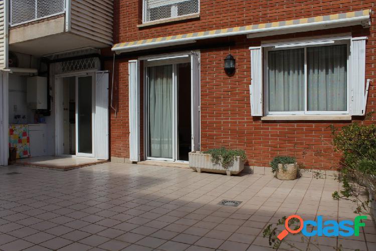 Piso de cuatro dormitorios con terraza de 59 m2