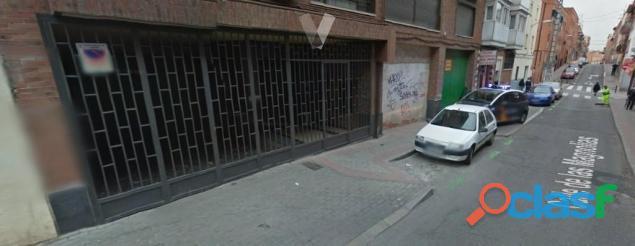 Se Vende Fantástica Nave en Plaza de Castilla – Madrid