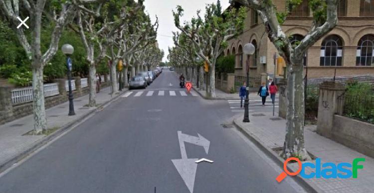 Garaje completo en Huesca Centro, Con rentabilidad
